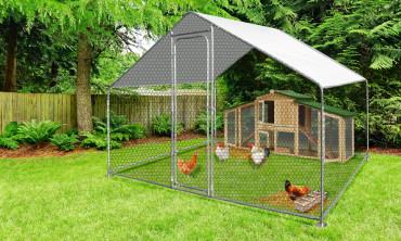 Enclos à poules en métal avec bâche de protection